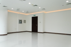 Fully fitted office - 606 square feet - tiled floor